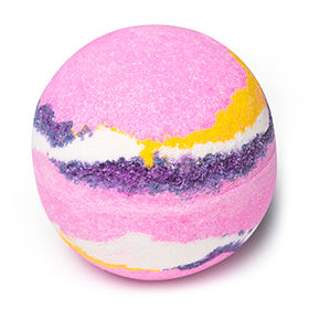 Marshmallow World by Lush